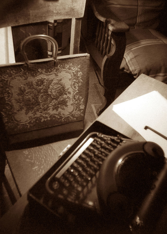 Flannery O'Connor's Satchel and Typewriter
