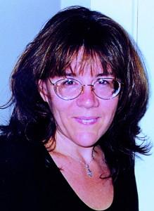 Ellen Birkett Morris Headshot
